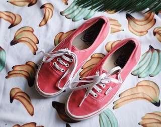 VANS ORIGINAL Authentic merah / red size 38