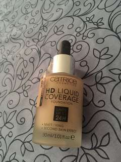 Catrice HD Liquid Coverage Sand Beige 030