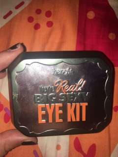 Benefit eyeshadow tri eye kit