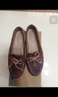 Repriced: Sperry Top-sider firefish embossed maroon
