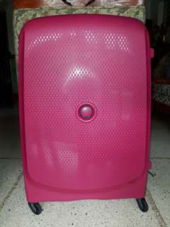 "Delsey Belmont Hard case 76/ 28"" Spinner luggage - Pink"