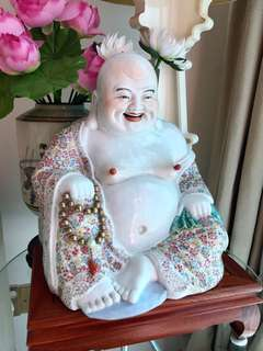 Beautiful Porcelain Matrieya Buddha
