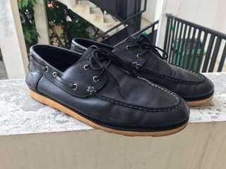 Sepatu Casual kulit Asli warna Hitam