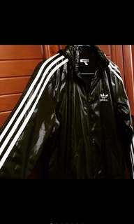 🚚 「愛迪達ADIDAS」連帽外套 風衣外套 防風外套