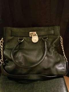 Michael Kors New black leather gold beautiful big bag
