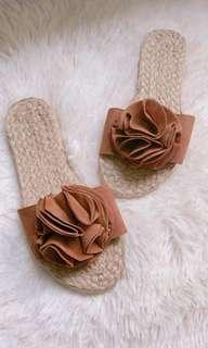 Abaca Flower Slipons size 6