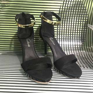 Black High heels (3 inches) size 5