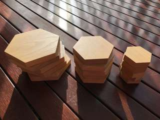 Solid oak display hexagons x5 sets of 3 sizes