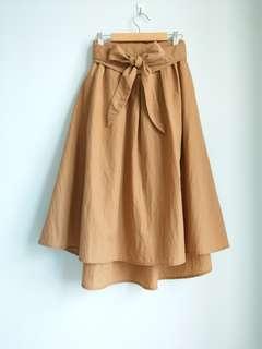 🚚 日牌EMSEXCITE 綁帶 中長裙 過膝 卡其色 土色  飄逸 甜美 日系 復古 古著 百搭 基本款 下著