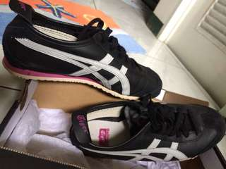Onitsuka tiger women's shoes size US 6.5