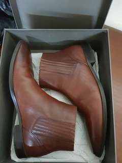 Pedro boots shoes sz 44 Dark brown like new