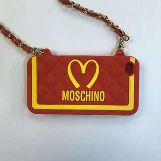 【正版】Moschino iPhone SE 機殼連掛帶