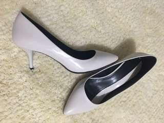 ZARA pointed heels (Authentic)