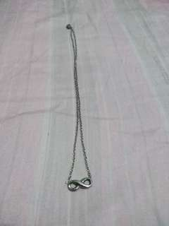 Uni Silver Infinity Necklace