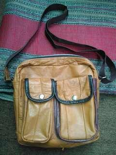 Sling bag full leather