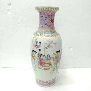 十二金釵花瓶