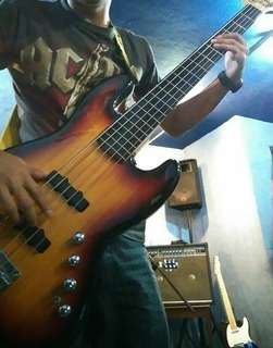 SQUIER by FENDER JAZZ BASS DELUXE-V