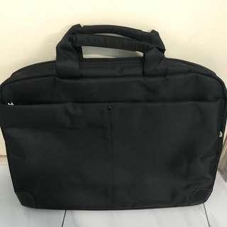 Hewlett- Packard (HP) Laptop bag