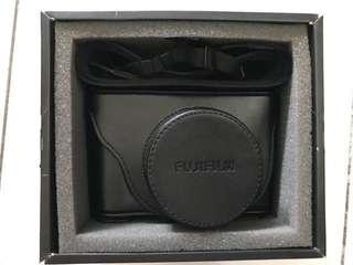 Fujifilm Mirrorless Camera X100