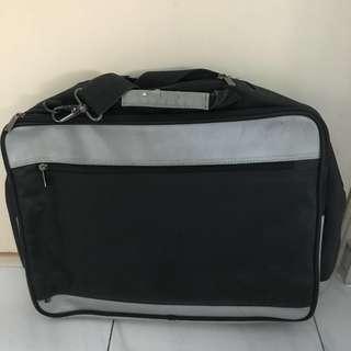 Van Garie Laptop Bag