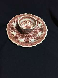 Early Ming dynasty Copper red saucer n small bowl decorated with flowers n linked leaves 20 cm diameter. Special offer highest offer secured. 明初釉里红小碗和盘20cm 至绖特價