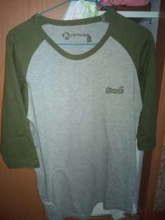 Kaos airwalk lengan 3/4