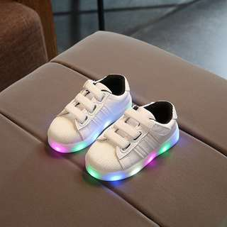 Kids led light casual shoes