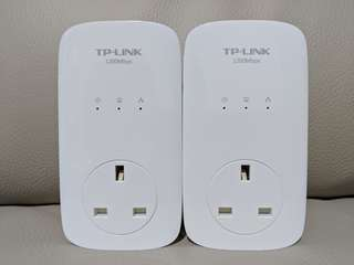 TP-Link AV1200 3-port powerline adaptors (1 pair) + TP-Link AV500 Wifi extender (Single)