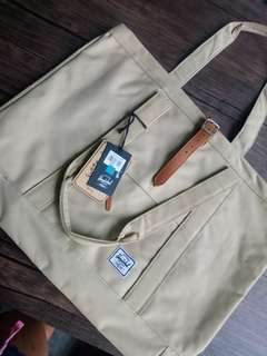 Original Herschel Tote 22L Bag