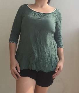 Affordable blouse for womeb