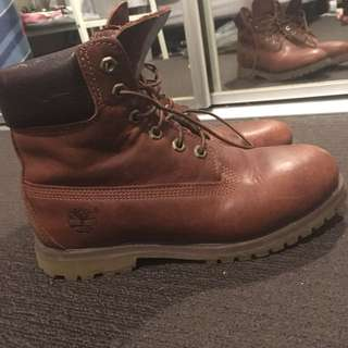 Fit size 8 Timberlands boots
