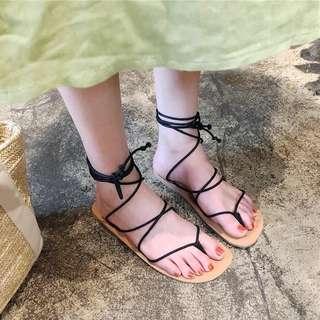 涼鞋2018新款女夏季韓版夾腳交叉綁帶平底學生波西米亞度假沙灘鞋