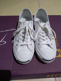 Converse白色鞋