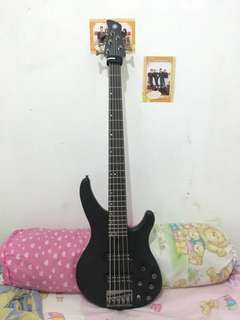 Bass Yamaha TRBX 550 + Bonus ampli + jack + softcase