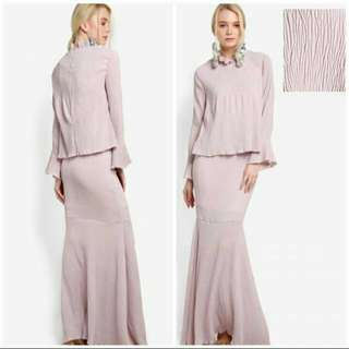 Lubna High Neck Kurung