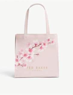 $220 Good Deal 😍包郵 included local postageTED BAKER Lalacon small icon bag