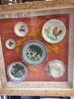 Rooster plates n bowl in a vintage fame 45.4cm x 45.4cm