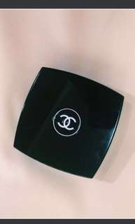 Authentic Chanel Illuminating Powder/Highlighter