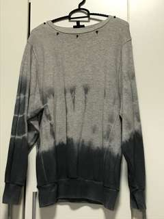 Grey Pullover with studded collar