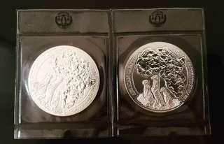 2016 Rwanda Meerkat 1 oz Silver coin.