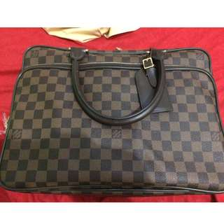 Authentic Louis Vuitton Icare Damier
