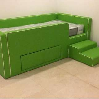 Child bed and mattress ( brand new)