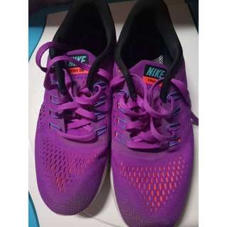 ORIGINAL Nike free rn purple sneakers