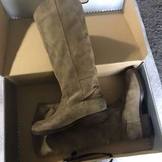 Pulp brand tan suede boots size 7