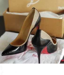 Authentic Never worn Christian Louboutin Glitter Pumps Size 36