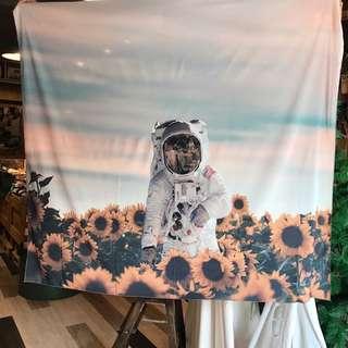 🇺🇸 New arrivals 美式休閒圖像掛布 沙灘巾 #太空人 #spaceman 太空 宇宙
