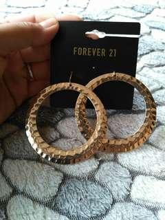 FOREVER21 Loop Dangling Earrings