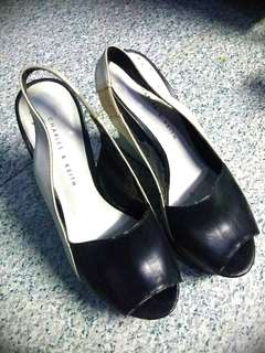 Charles and Keith heels Authentic size 5