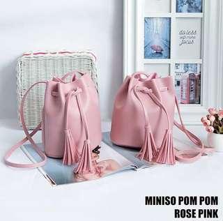 Miniso pom-pom pink