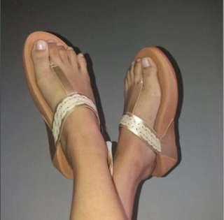 Authentic overrun fitflop gold sandals